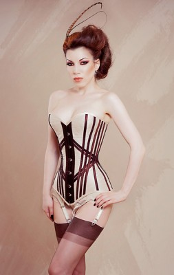 Morgana Femme Couture overbust modelled by Threnody in Velvet