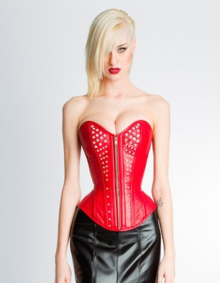 Northbound Leather (NSFW) in Toronto, Canada does stunning high-reduction corsets (both overbust and underbust) with a zip closure.